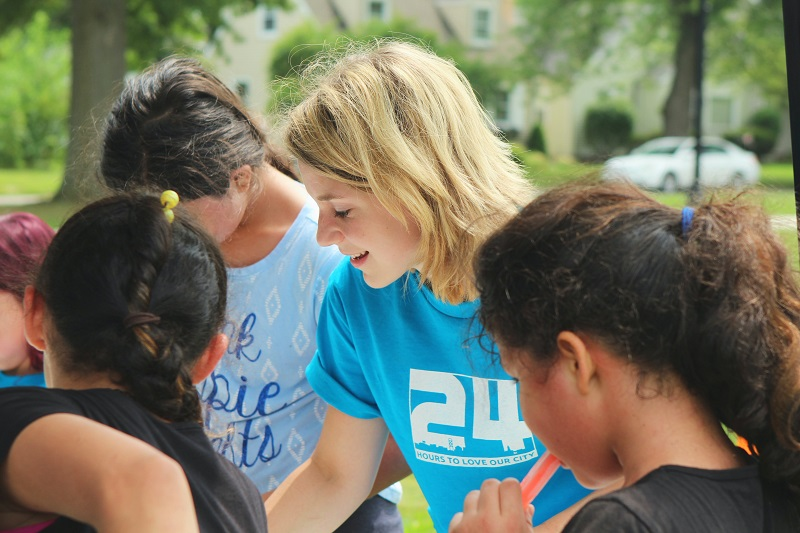 10 Good Deeds for Teens to Do During Summer